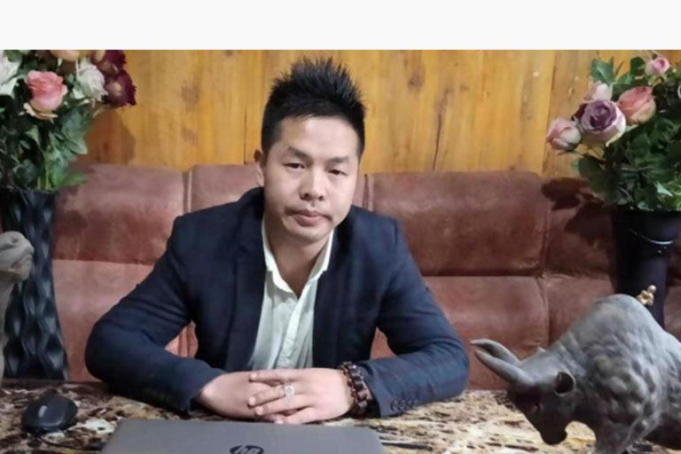 择一木,刻一生——刘锦波与他的木雕工艺